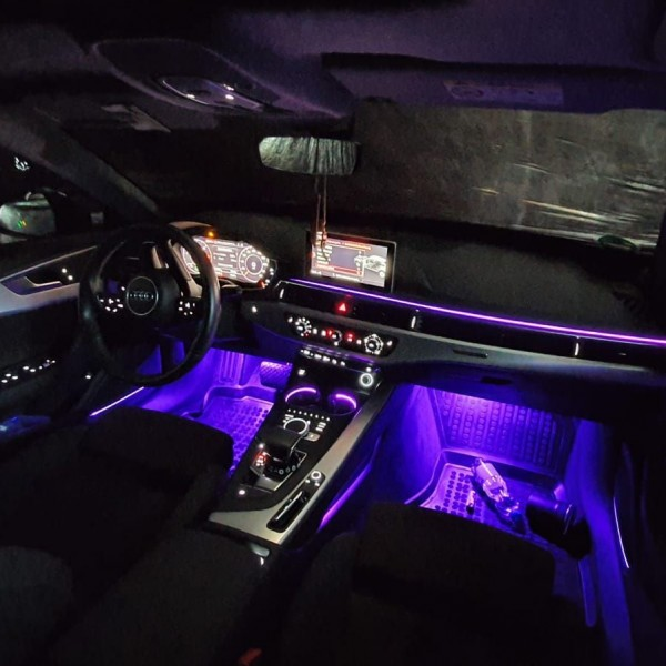 Audi A4 B9 LED Ambientebeleuchtung inkl. Einbau